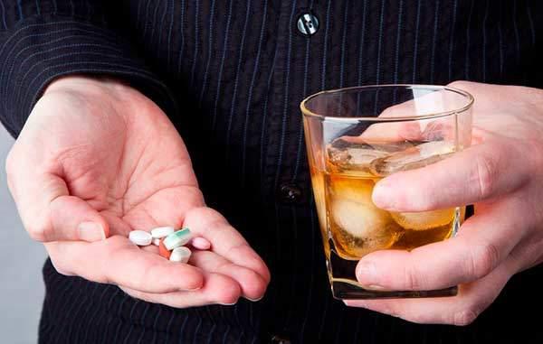 omeoprazol y alcohol